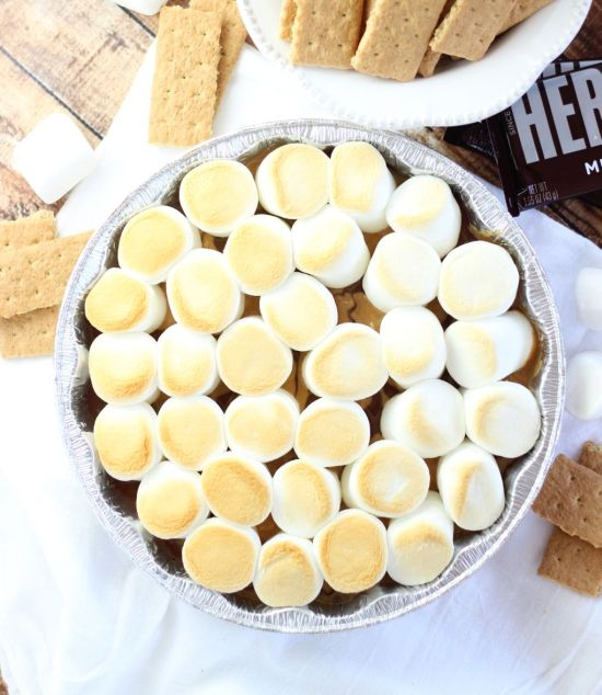 10 minute peanut butter s'mores dip 12