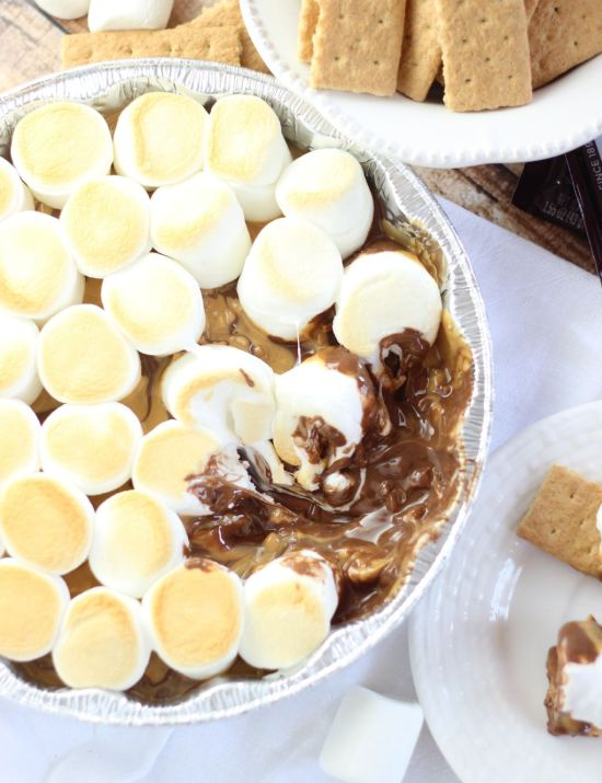 10 minute peanut butter smores dip 14