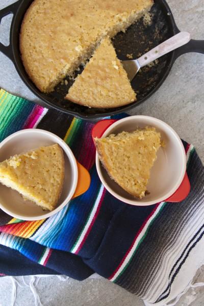 Mexican Skillet Corn Cake Dan330