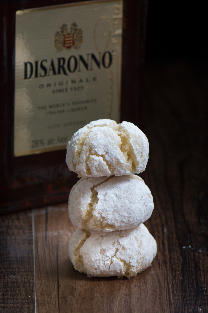 Amaretti biscuits 5