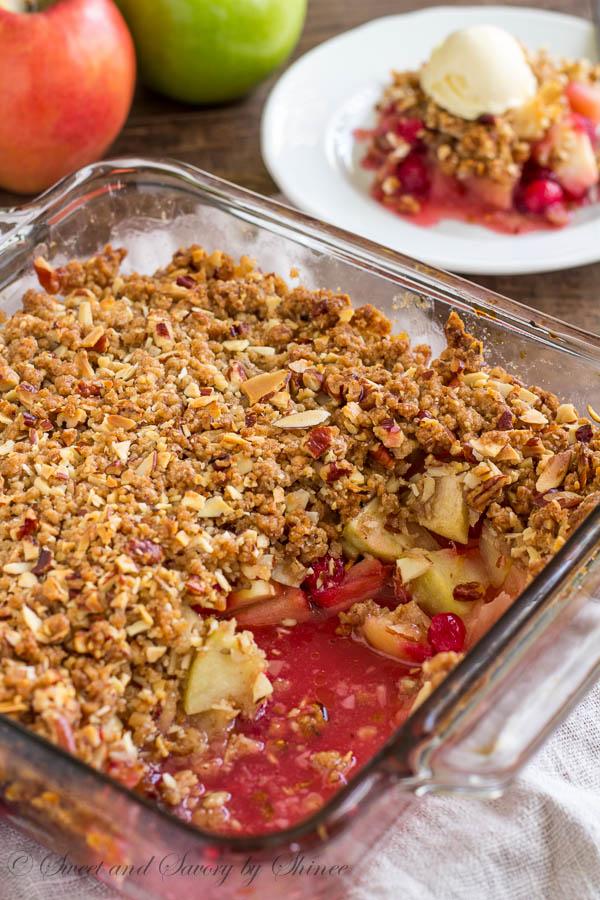 Apple Cranberry Crisp-3