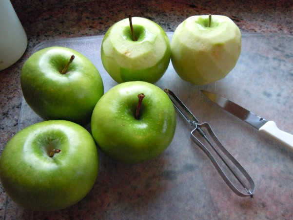 ApplesWhole
