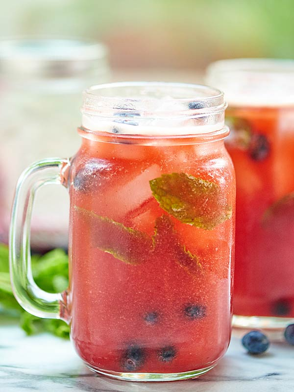 Blueberry-Peach-Mojito-Show-Me-the-Yummy-2