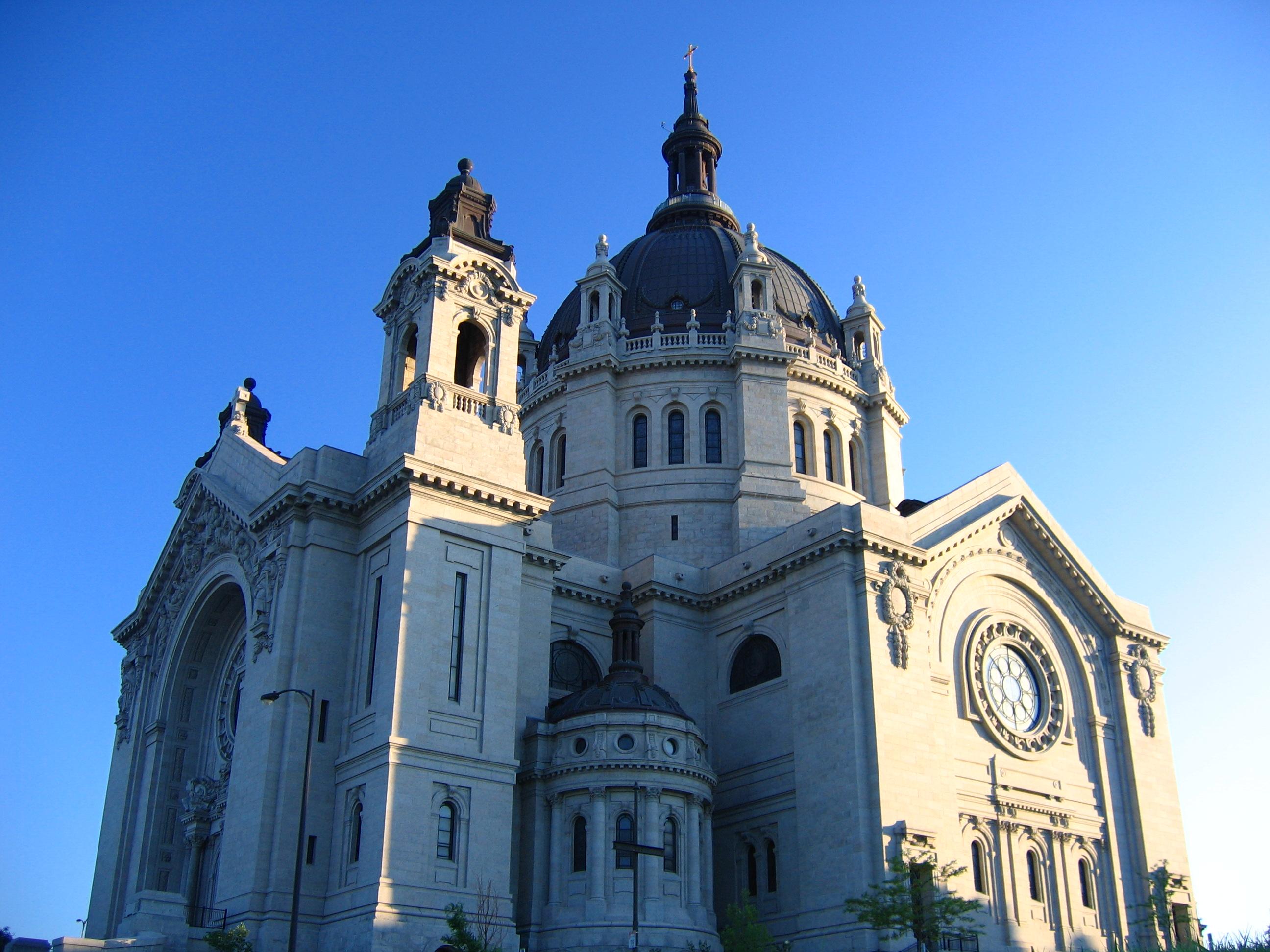 Cathedral_of_Saint_Paul_Minnesota-1