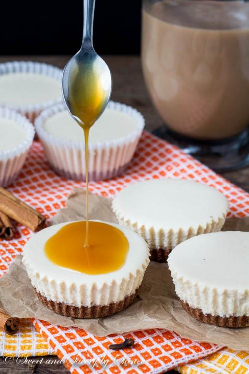 Chai Latte No-Bake Mini Cheesecakes-2