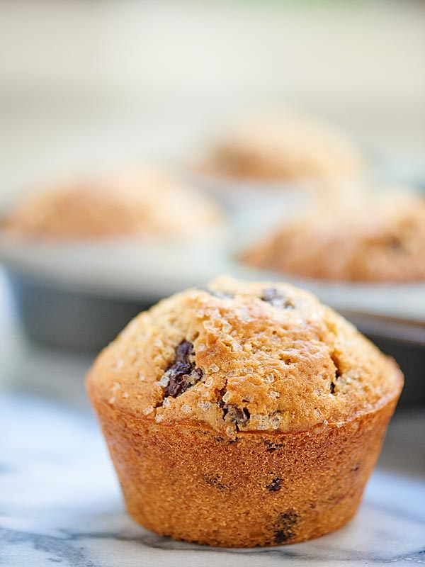 Chocolate-Chip-Muffins-Show-Me-the-Yummy-5
