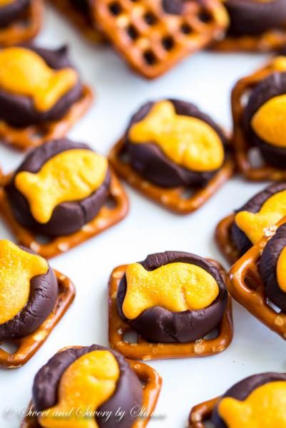 Chocolate Goldfish Bites-3