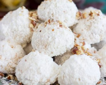 coconut-pecan-snowballs-small