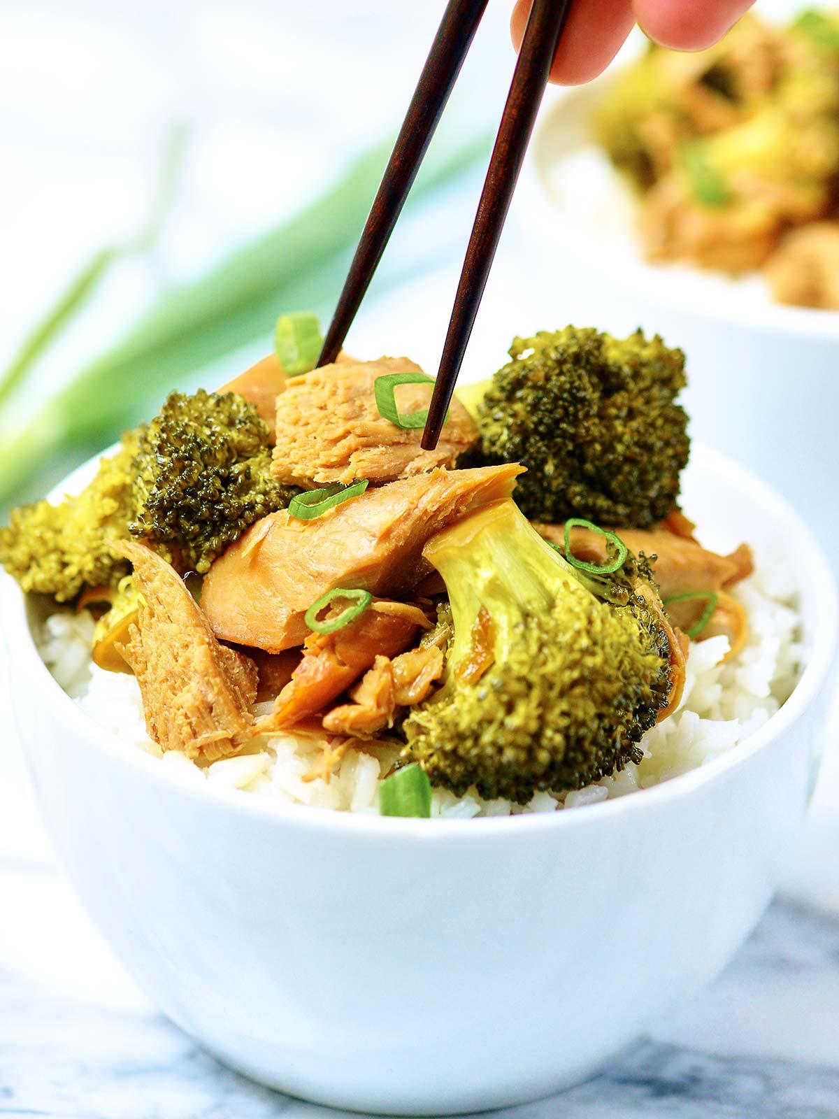 Crockpot-Chicken-Broccoli-Chopsticks