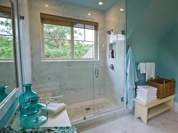 DH2013_Twin-Suite-Bathroom-04-Shower-Window-Bench-EPP2596_s4x3_lg