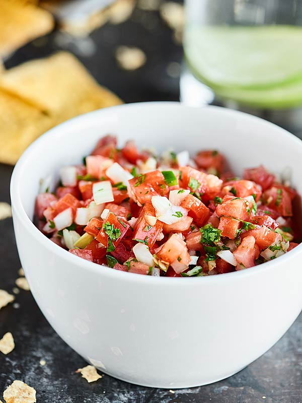 Easy-Pico-de-Gallo-Show-Me-the-Yummy-4