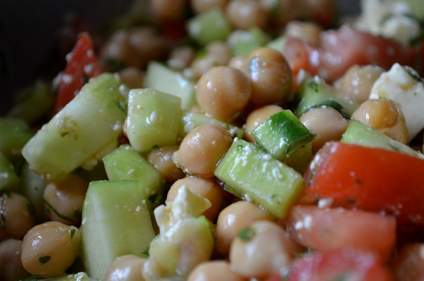 Easy Summer Chickpea Salad