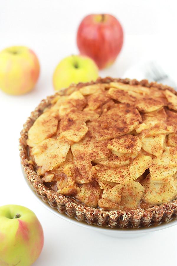 Full-Raw-Salted-Caramel-Apple-Pie