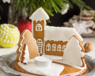 gingerbread-christmas-candle-holder