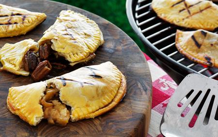 Outdoor Living Blog Outdoorlicious Grilled Carmel Pecan Pie