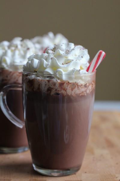 Hazelnut-Hot-Chocolate-with-peppermint-stick_1907_new-17
