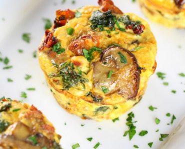 healthy-kale-egg-breakfast-cups-otish-cup-600x600-1