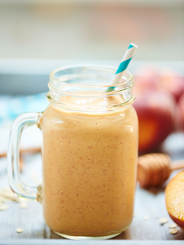 Healthy-Peach-Cobbler-Smoothie-Show-Me-the-Yummy-5
