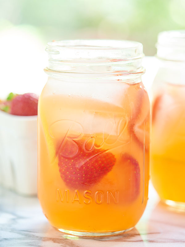 Honey-Strawberry-Lemonade-Show-Me-the-Yummy-3