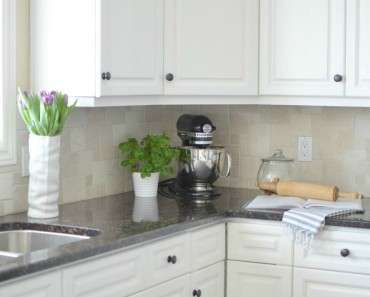 How-to-Paint-Kitchen-Cabinets_4