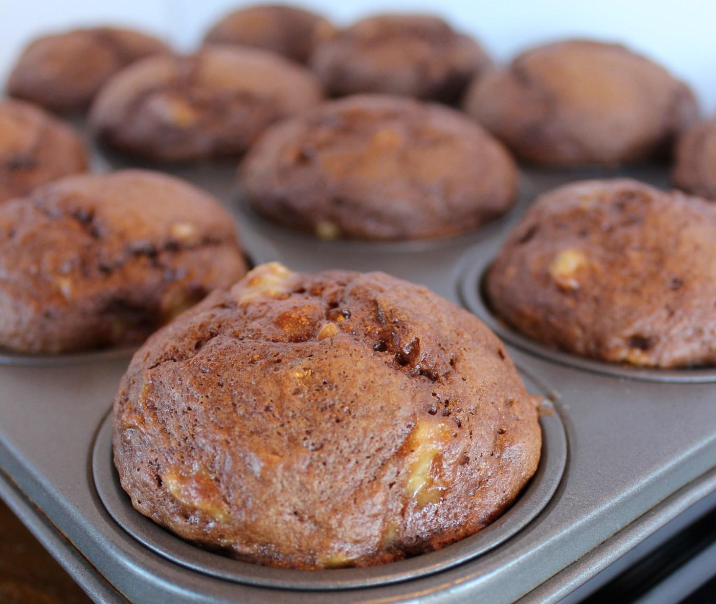 Three Ingredient Chocolate Banana Muffins