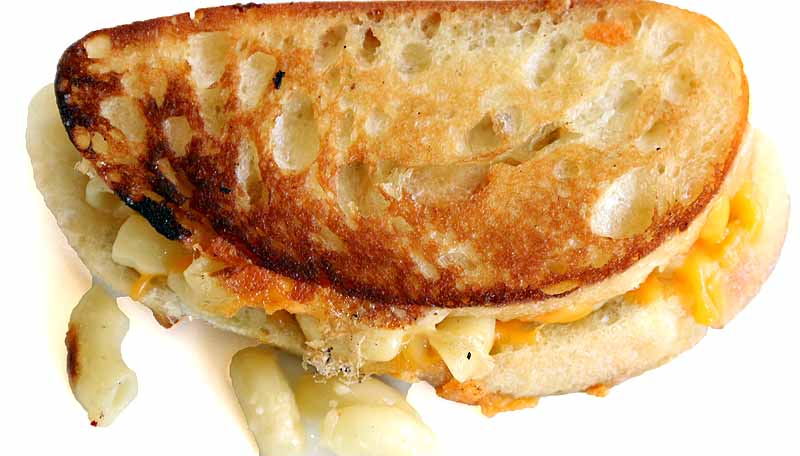 Grilled Macaroni and Cheese Grilled Cheese Sandwich #comfortfood # ...