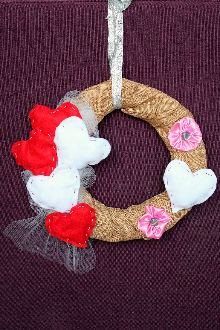 DIY Valentine Wreath Tutorial