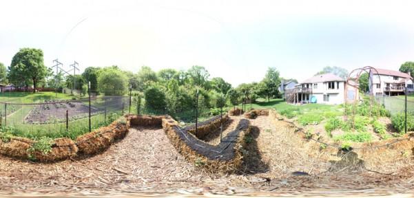 vr tour straw bale garden