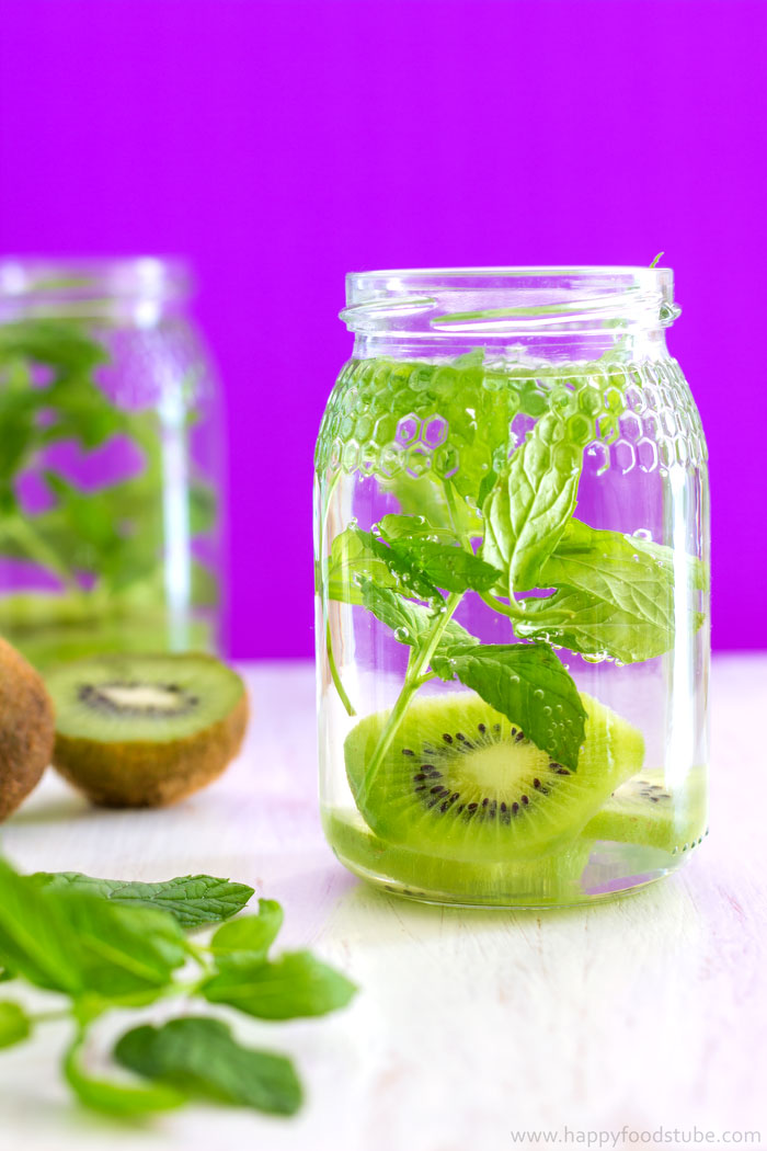 Kiwi-and-Mint-Infused-Water-Recipe