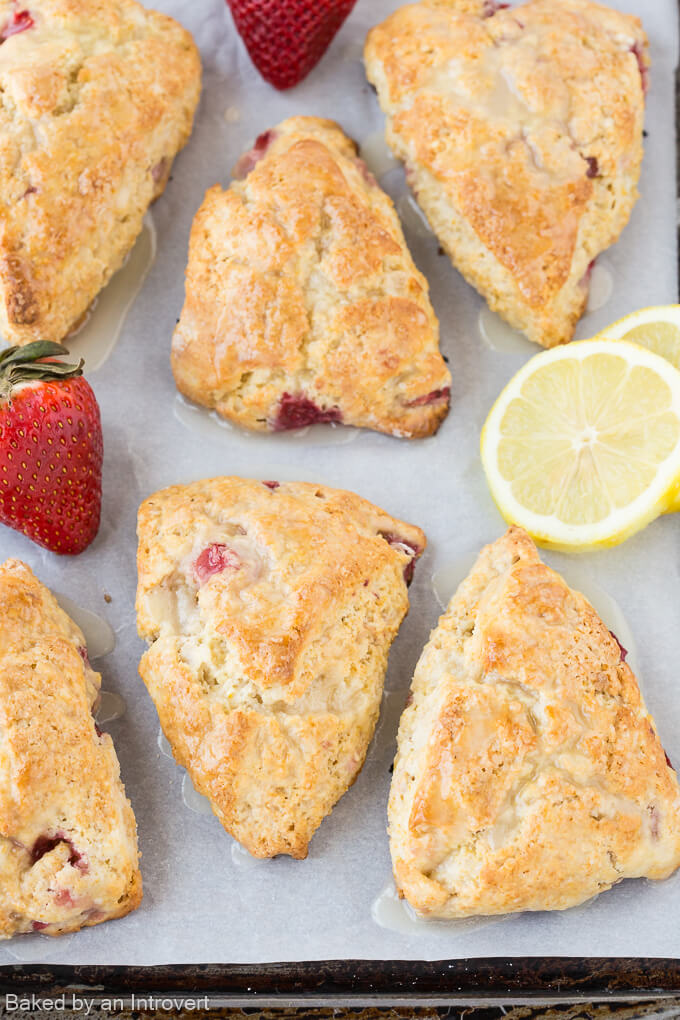 Lemon Cream Cheese Scones Strawberries_680-1