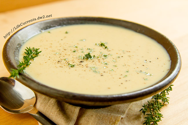 Caramelized Onion Roasted Garlic Bisque