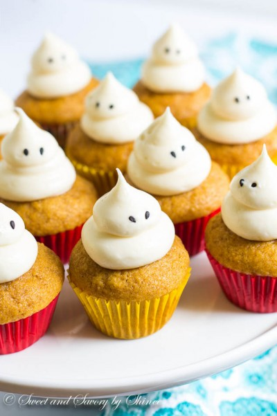 Mini Pumpkin Cupcakes-2