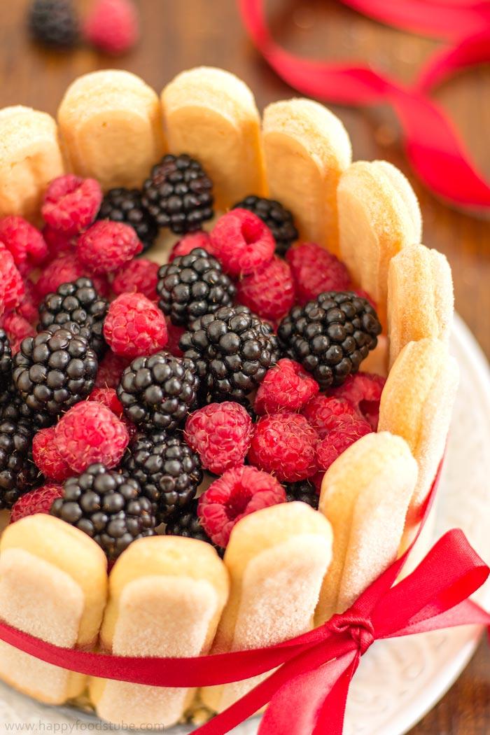 mixed-berry-charlotte-cake-easy-recipe