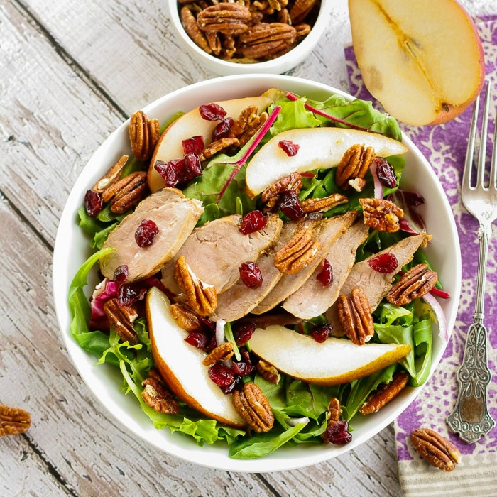 Mixed-greens-with-pork-sliced-pears-and-pecans-1