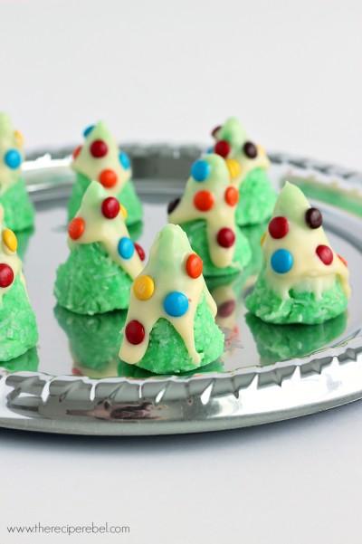 No-Bake Christmas Tree Cookies www.thereciperebel.com 1