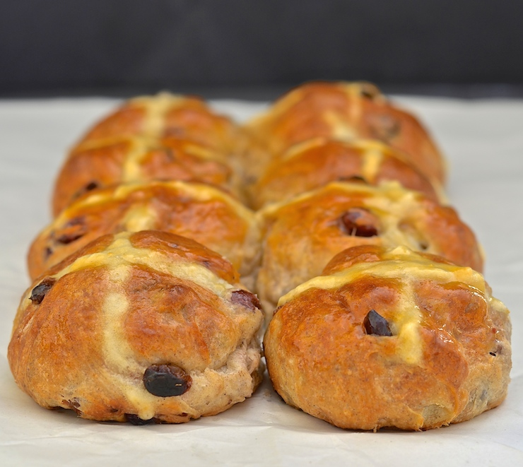 No Knead Vegan Hot Cross Buns 10 copy