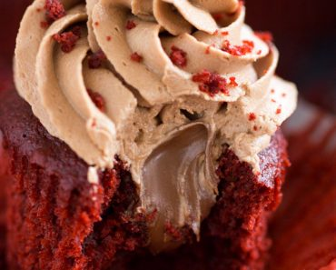 Nutella-Filled-Red-Velvet-Cupcakes-with-Nutella-Buttercream-17-5