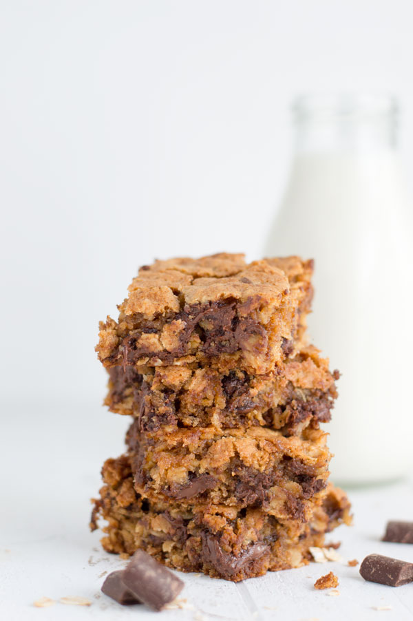 Oatmeal-Cookie-Bars-1