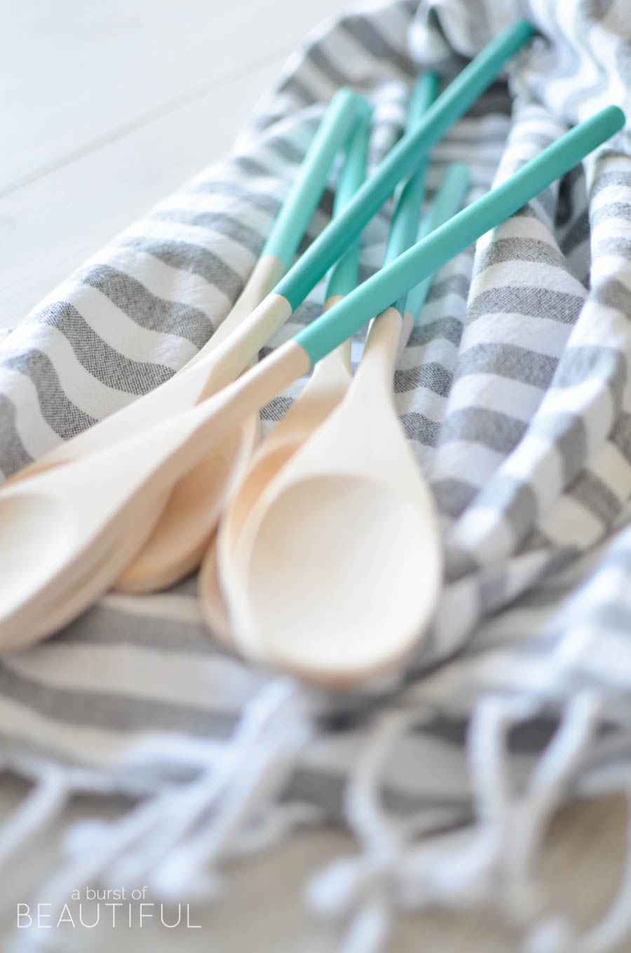 Painted-Ombre-Wood-Spoons_21