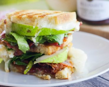 pear-bacon-brie-panini-2