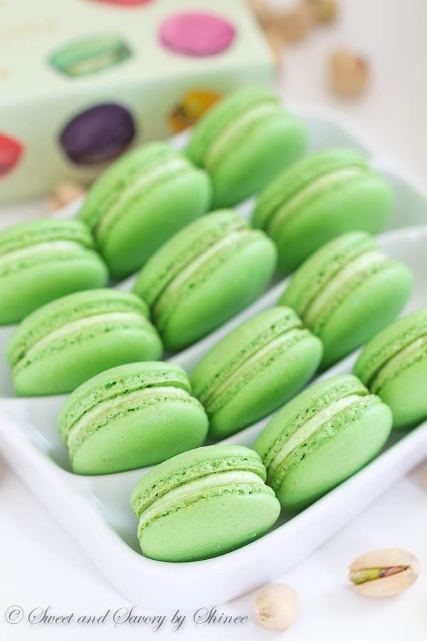 Classic Pistachio Macarons filled with Ladurée pistachio cream ...