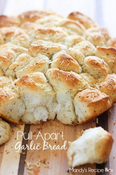 Pull-Apart Garlic Bread  Mandy's Recipe Box #SplendaSweeties #SweetSwaps