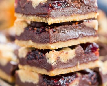 Raspberry Chocolate Chip Bars small
