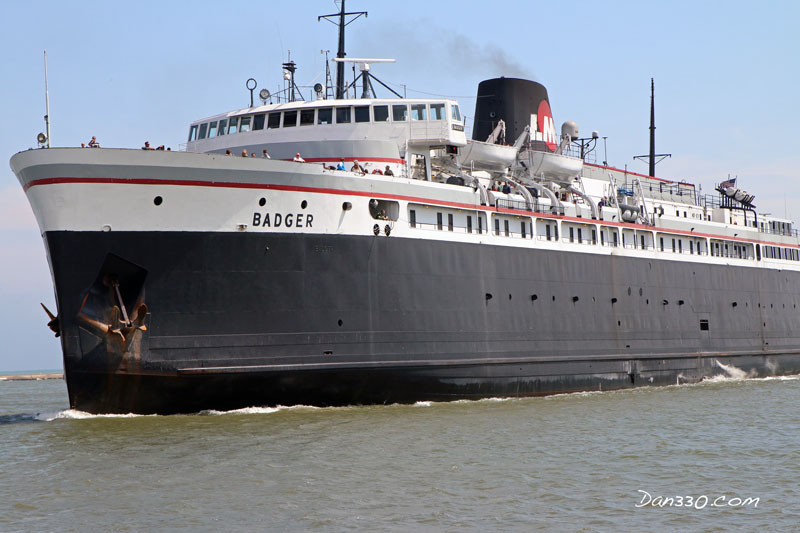 SS-Badger-manitowoc-Harbor