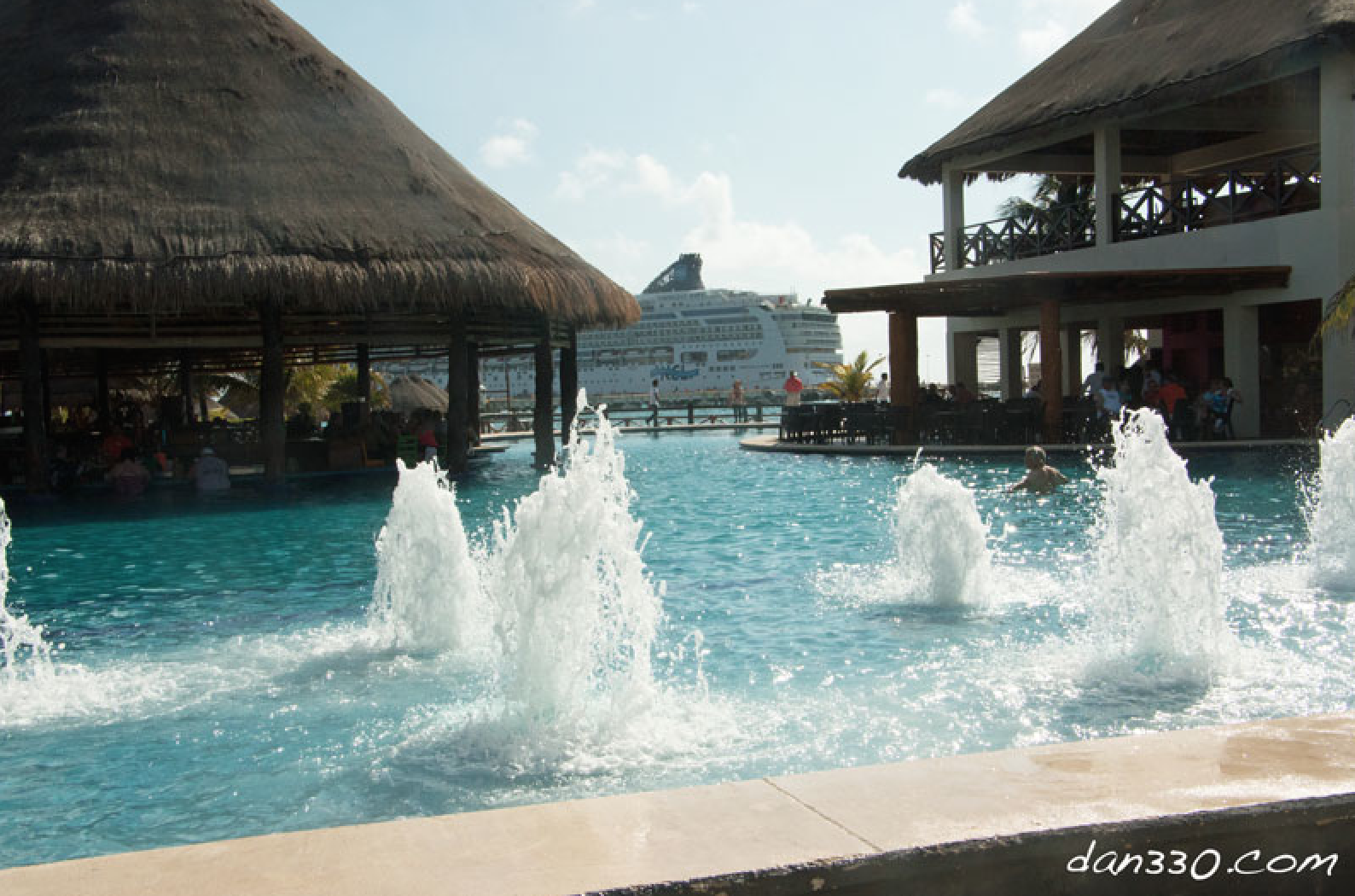 Cruising on the Norwegian Dawn - Costa Maya