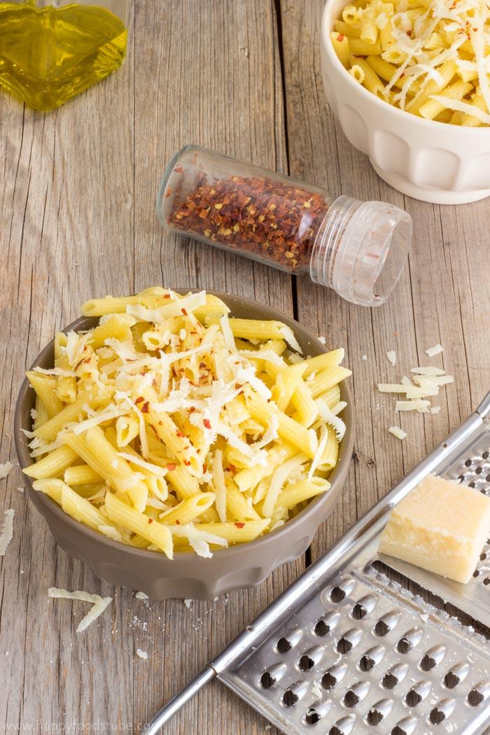 Simple-Parmesan-Chili-Pasta-Recipe-1