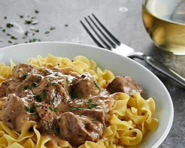 Slow-Cooker-Beef-Stroganoff-Show-Me-the-Yummy-6
