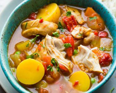 slow-cooker-spanish-chicken-stew-550