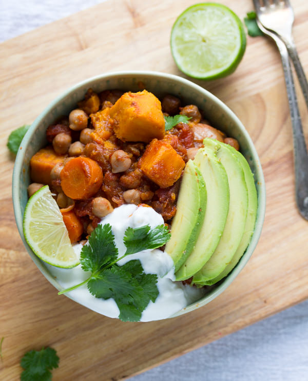 Smoky-Sweet-Potato-and-Chickpea-Chili-with-Lime-4