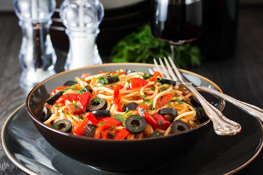 This recipe for Spaghetti Alla Puttanesca is a quick and easy pasta ...